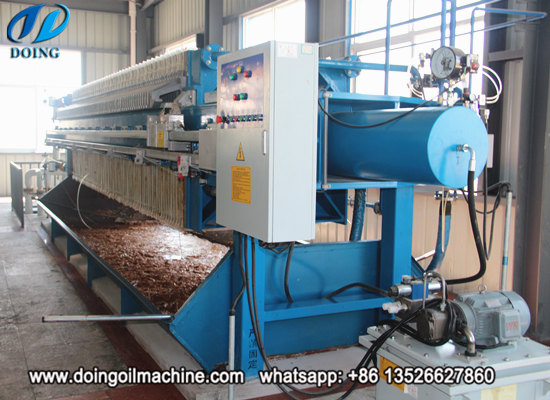 Automatic plate and frame filter press machine